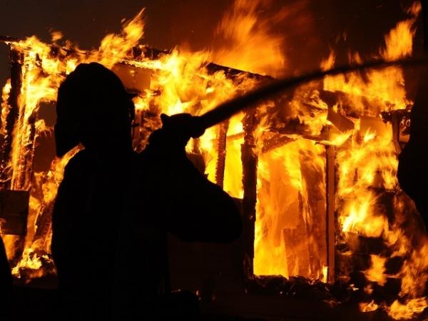 In fiamme una villetta in contrada Franco, nessun ferito