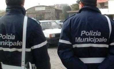 Sigilli violati, tre persone denunciate: non si rispettano le regole