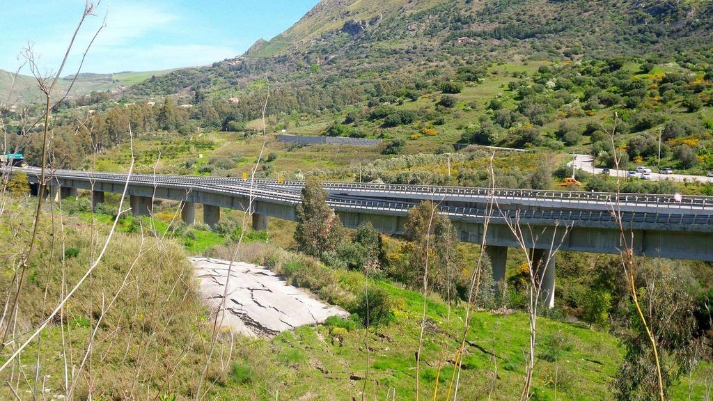 """A19 Palermo Catania viadotto Himera, Falcone: """"mi dimetto se non è pronto entro luglio"""""""