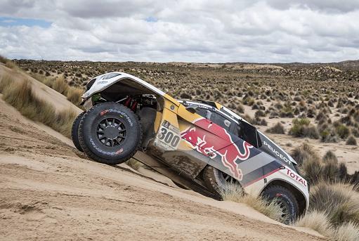 C'è sempre la Peugeot 3008Dkr in testa alla Dakar