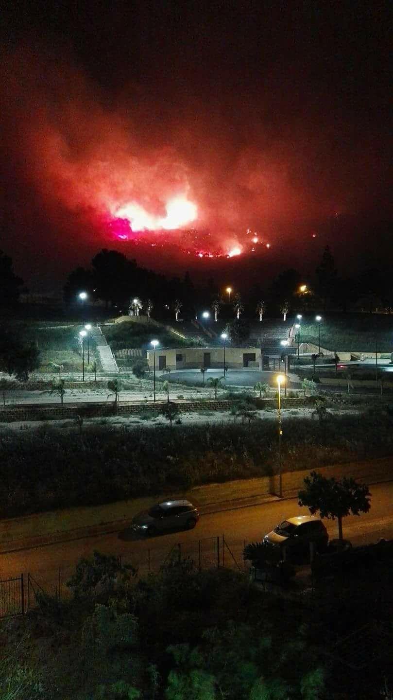 """Incendi a Finale, Culotta: """"Abbiamo vissuto attimi di panico"""""""