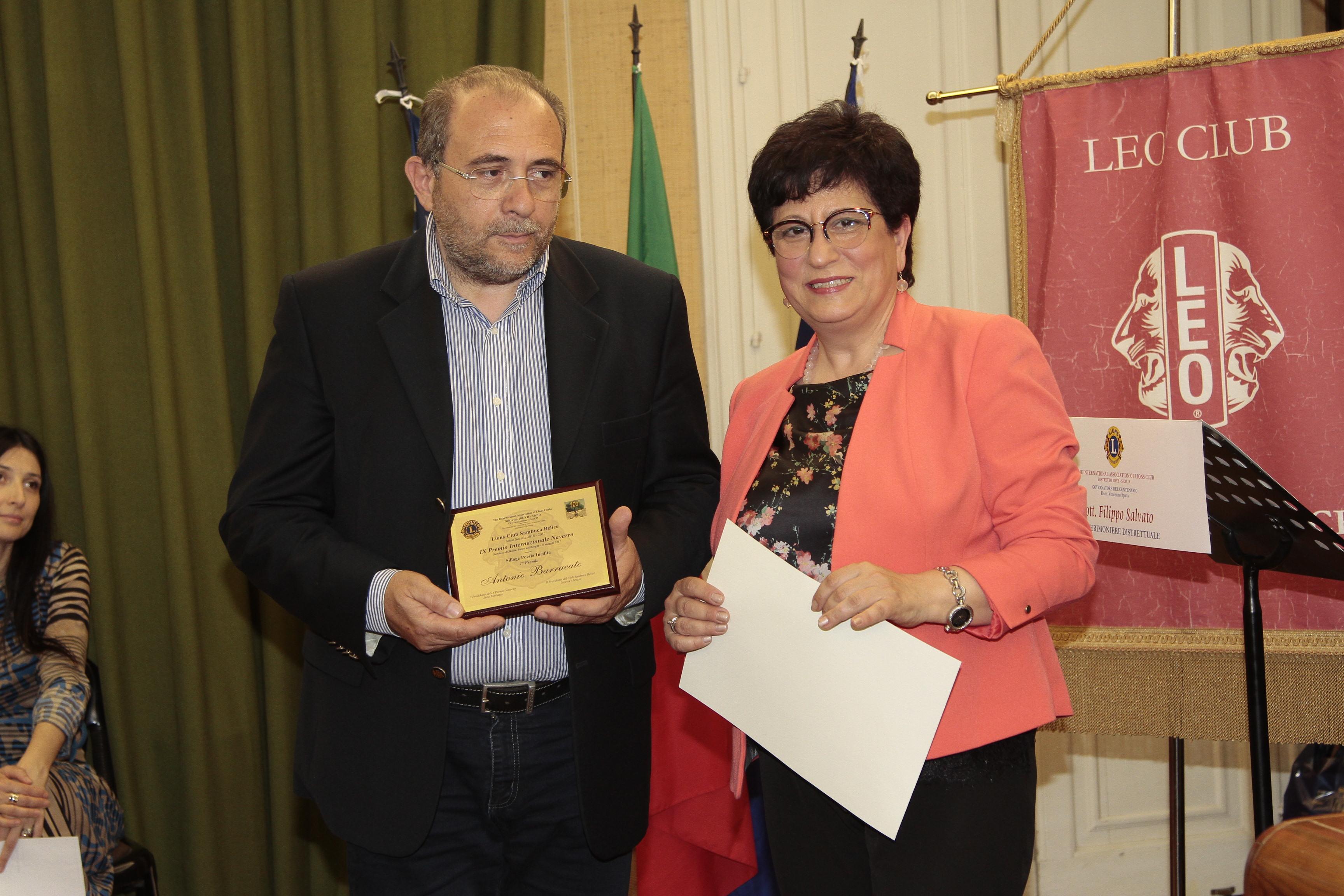 Nuovi premi per il poeta Antonio Barracato