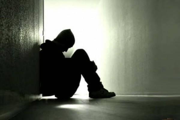 Il dramma della solitudine fa più vittime dell'obesità