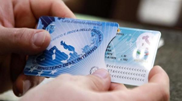 Anche a Cefalù la carta d'identità elettronica
