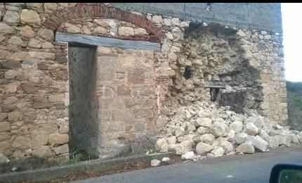 Ancora problemi sulla provinciale di Collesano: crolla il muro della casa cantoniera