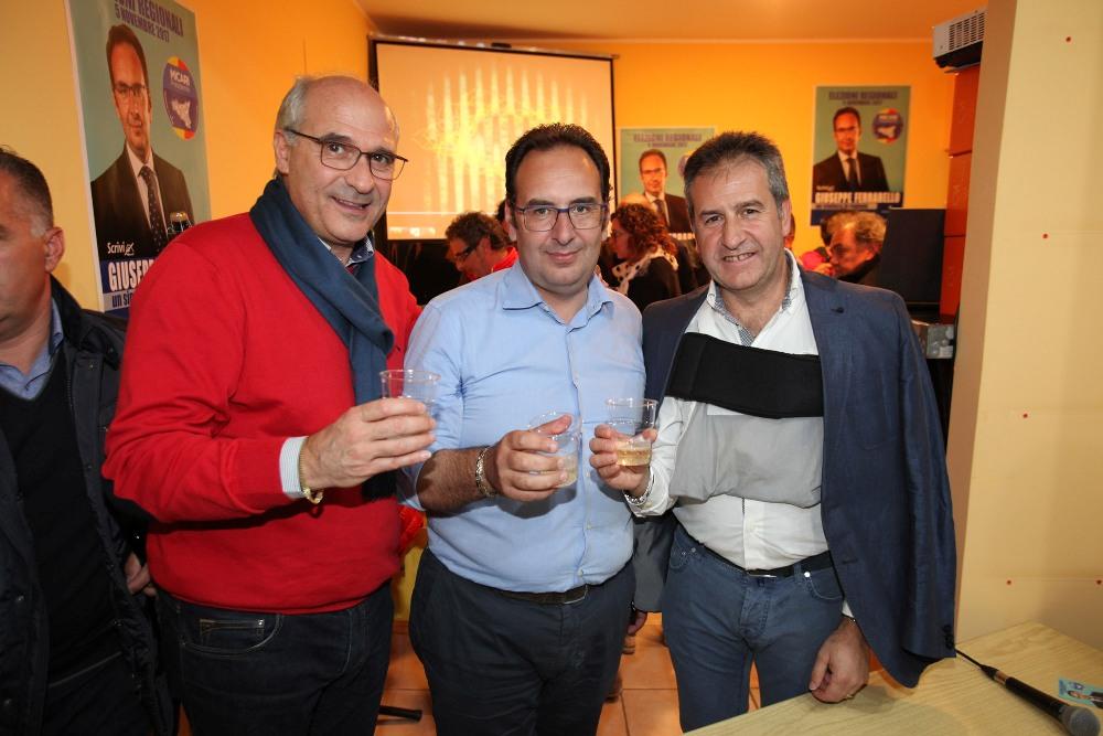 Regionali, apre il comitato elettorale dell'ex sindaco Ferrarello