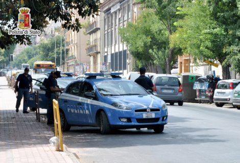 Corriere della droga inseguito e fermato sulla Palermo-Catania