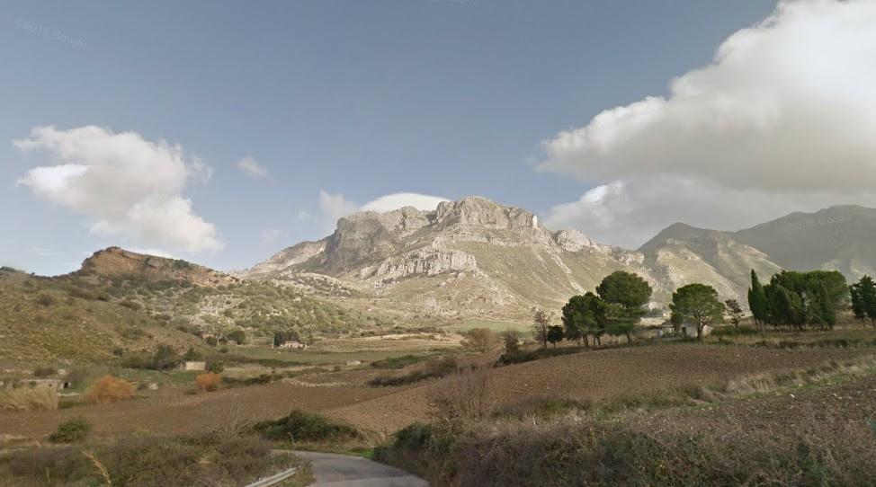 In trekking su Monte Cucullo, la porta est delle Madonie