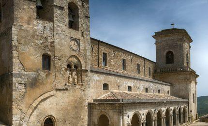 Un calendario con le bellezze architettoniche di Petralia Soprana