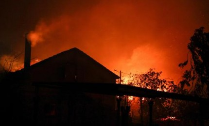 Incendio a Isnello nella notte