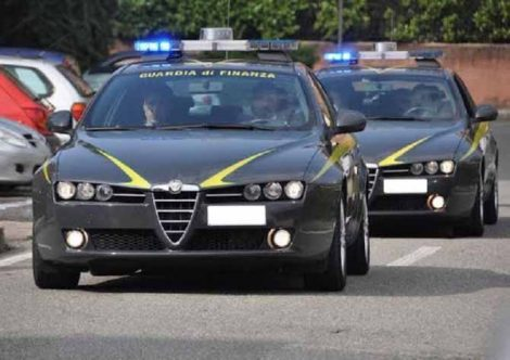 Usa l'auto di servizio per raggiungere la propria abitazione, accusato di peculato un dipendente pubblico