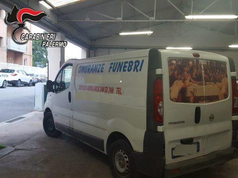 Termini Imerese: tentano rapine col furgone delle onoranze funebri