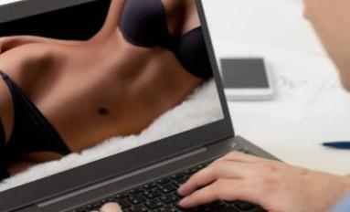 Cercare incontri sul web è infedeltà