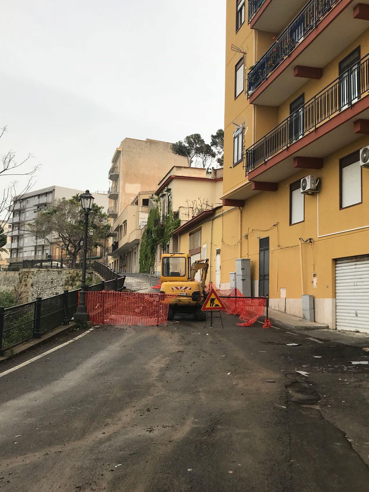 Termini Imerese, avviati i lavori dopo il cedimento di una porzione della cinta muraria
