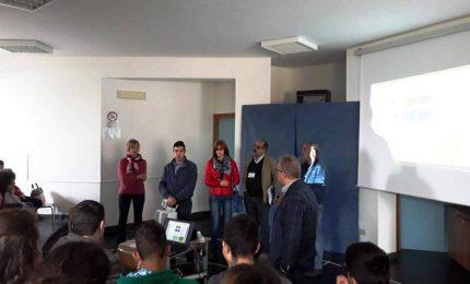 San Mauro Castelverde: la raccolta differenziata finisce sui banchi di scuola