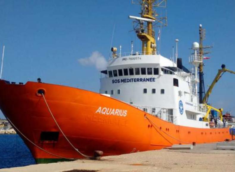 Migranti, la nave Aquarius attraccherà in Spagna