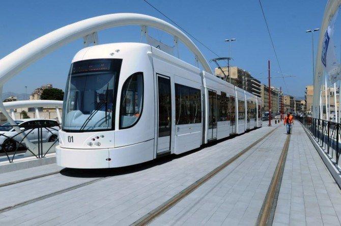 Palermo, trasporti pubblici: domani presentato biglietto unico per tram, autobus e metro