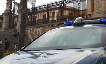 Cefalù, intervento della polizia per un locale non in regola sul Lungomare