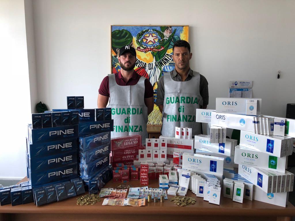 Sequestrati 45 chili di sigarette a Palermo e provincia, due arresti