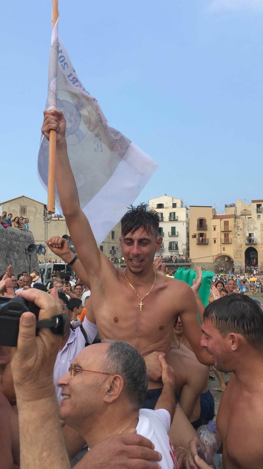 'Ntinna a mari 2018: Roberto Brocato strappa la vittoria