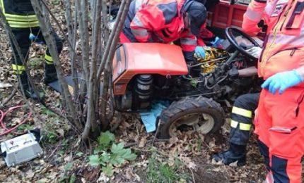 Polizzi Generosa: si ribalta un trattore agricolo, muore 53enne del posto
