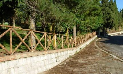 Petralia Soprana, operai forestale puliscono aree comunali