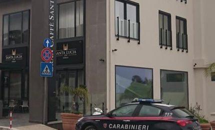 Cefalù: colti in flagranza a rubare in un albergo