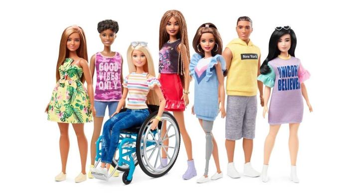Barbie, la collezione comprenderà anche la bambola disabile