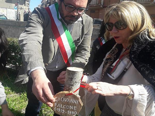 """Inaugurato a Isnello il """"Giardino dei Giusti"""""""