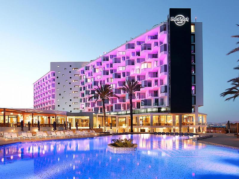 Hard Rock Hotel sceglie Campofelice per il nuovo 5 stelle
