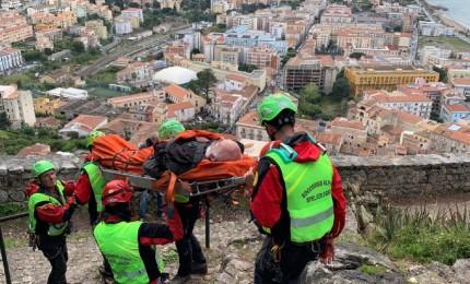 Cefalù, turista rimane ferito sulla Rocca