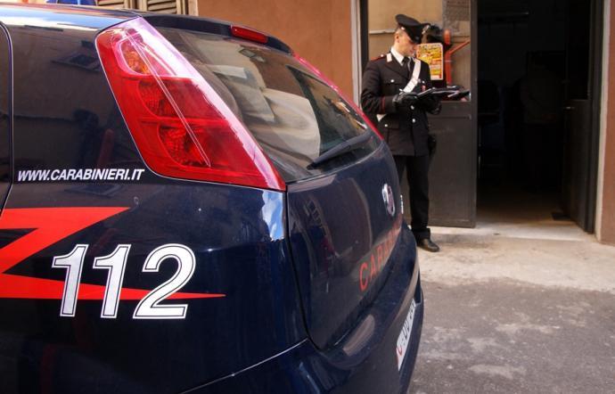 Sala scommesse totalmente illegale, intervengono i Carabinieri