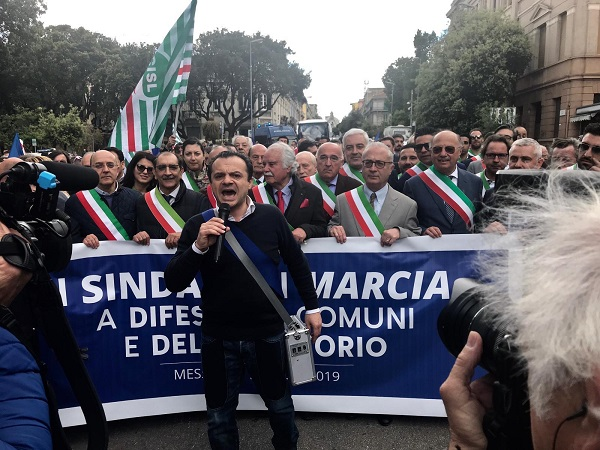 Ex province, domani la marcia dei sindaci