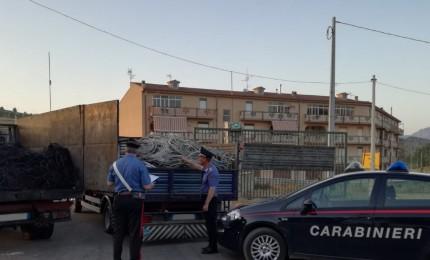 Sorpreso a bruciare cavi di rame, i Carabinieri arrestano giovane incensurato