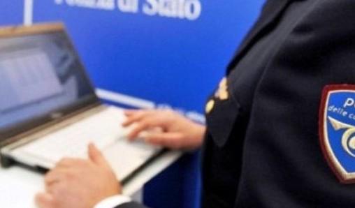 Polizia Polasta arresta cinquantenne per pedopornografia