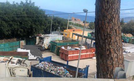 Cefalù, dopo due mesi dal sequestro l'isola ecologica è sempre poco ecologica