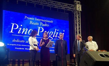 Il premio Don Pino Puglisi dedicato ai giovani costretti a emigrare