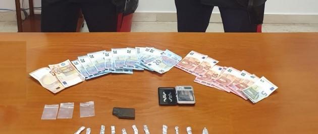 Gangi: carabinieri arrestano un uomo per detenzione ai fini di spaccio di sostanze stupefacenti