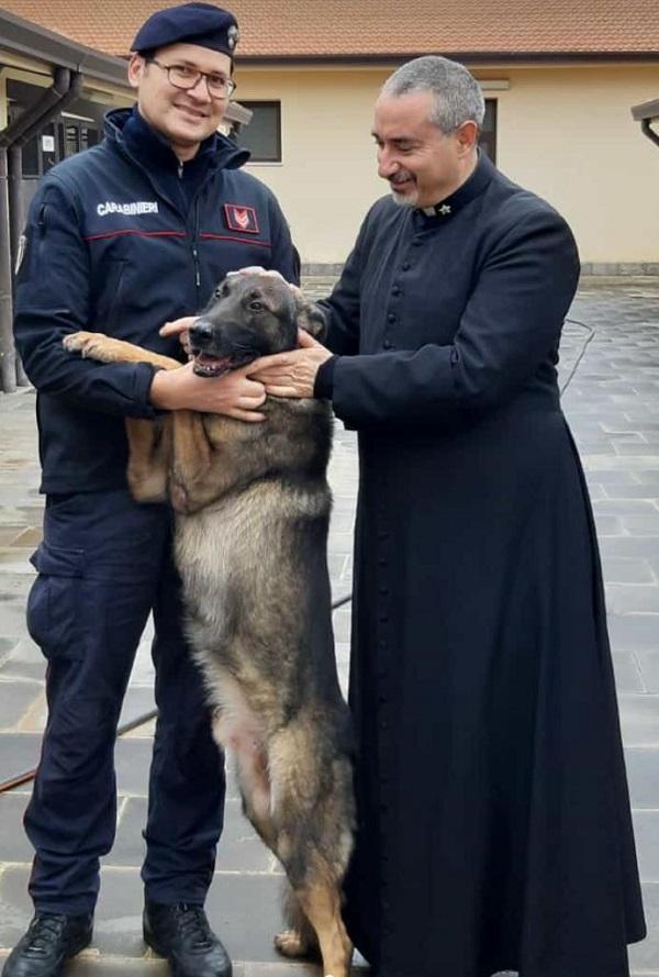 Il pastore tedesco Ron rinviene mezzo chilo di hashish