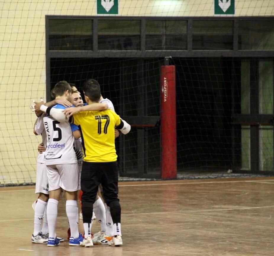 """Real Cefalù. La Rocca avverte tutti: """"Sammichele squadra insidiosa"""""""