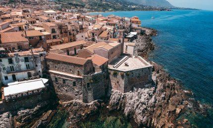 Cefalù Bastione, l'opposizione: bene culturale adibito a scopo di lucro