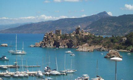 """Porto di Cefalù, riqualificazione e collegamenti con le Eolie: """"cento cani sopra un osso"""""""