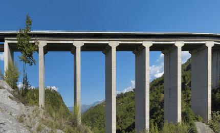 A 19, tenta il suicidio gettandosi dal viadotto di Cefalà: sopravvissuto
