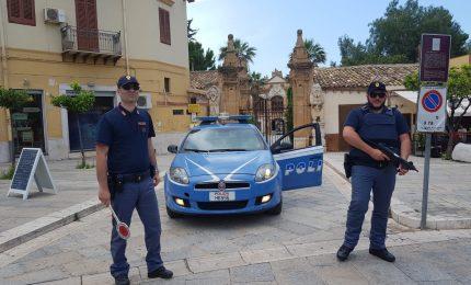 Bagheria: Polizia arresta 'topo d'auto', faceva incetta degli effetti personali lasciati negli abitacoli delle vetture