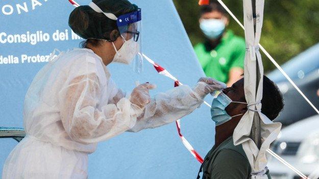 Coronavirus 19 agosto, nuova impennata: 642 nuovi positivi in Italia e 45 in Sicilia