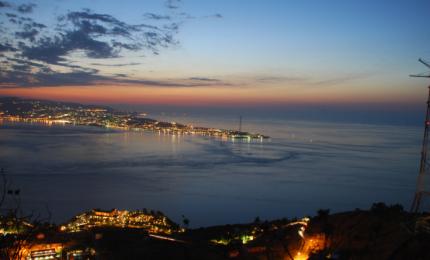 Stretto di Messina: incontro tra Calabria e Sicilia
